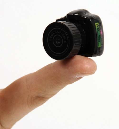 szymon:  MAME-CAM: 11 grams working photo camera