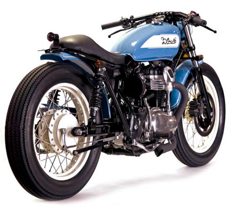 Swing Bobber built by Deus Ex Machina from a W650 Kawasaki. What a nice ride.