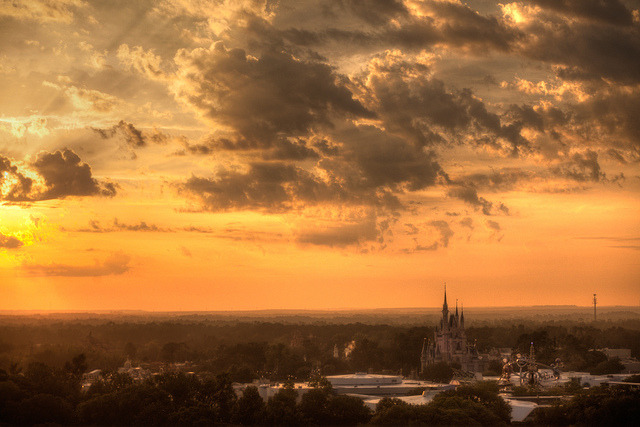 dreaminpictures:  Magic Kingdom By michaelcummings