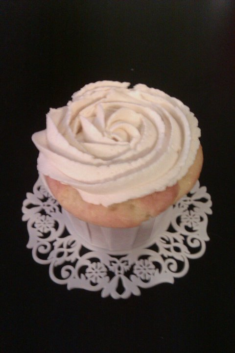 Lemon Cupcake with Vanilla Buttercream
