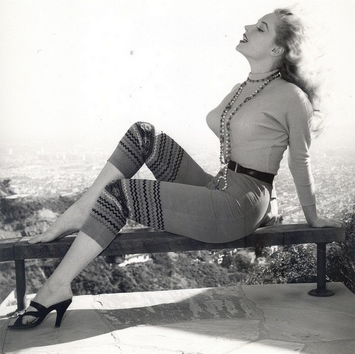 theniftyfifties:  Pin up girl, Betty Brosmer.