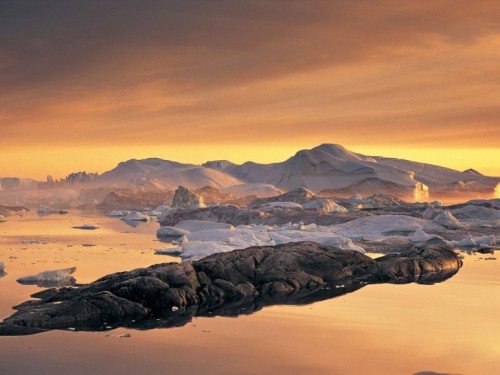 Disko Bay, Greenland (via Disko Bay, Greenland | Beautiful Places to Visit)