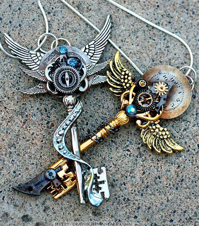 windoracle:  This artist makes these really cool key necklaces, sadly these have been sold already.  You can check out the artist for more info.