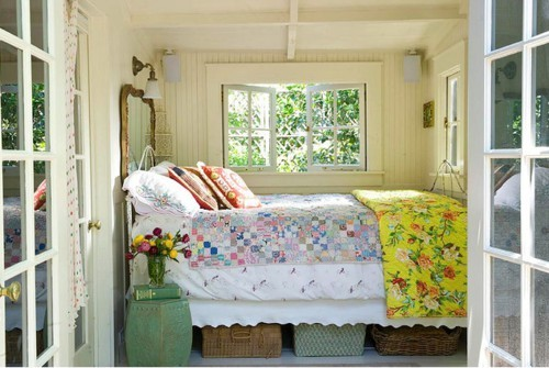 natureofmymind: so lovely, this bed space!