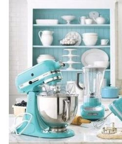 "Kitchen Aid! Why you keep doing this to me?! I love this color! I already have a mixer though. It's not as if I can ""collect"" all the colors. Or…….can I?!"