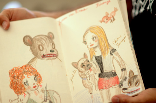@garybaseman's sketch of fashion blogger @ChiaraFerragni of The Blonde Salad and her dog Matilda. Read more about their meet-up in Florence here.