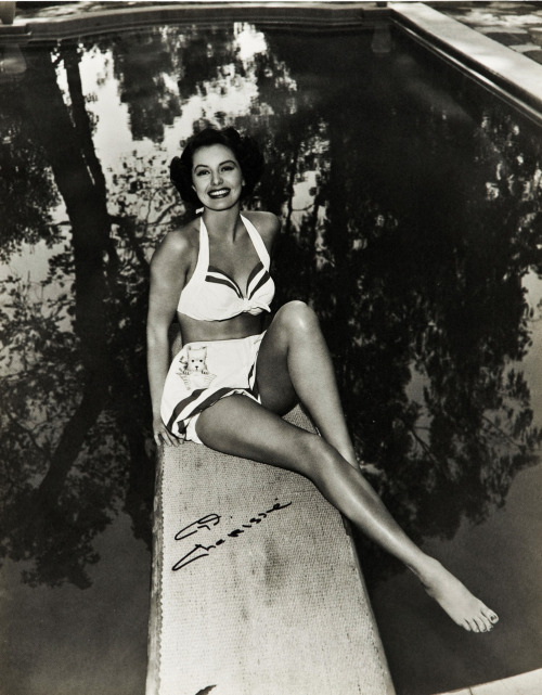 theniftyfifties:  Cyd Charisse.  My old hollywood crush.