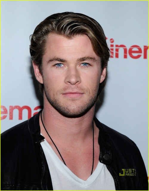 Chris Hemsworth photo spam