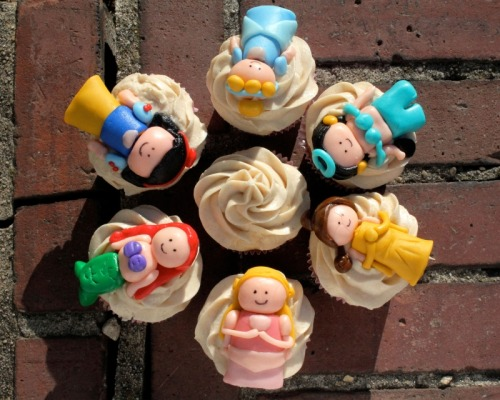 Disney Princess Cupcakes (via DisneyTiaras)
