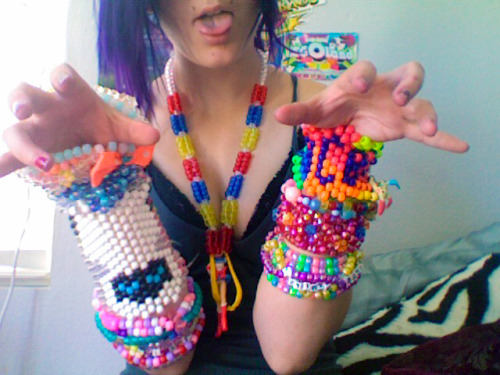 jediflip:  my ever-growing kandi collection ♡