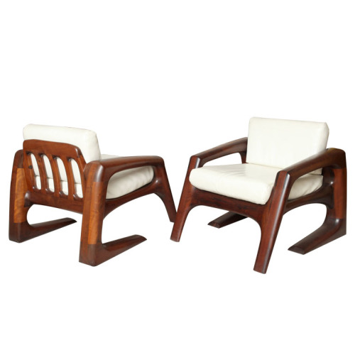 just fantastic.   Mid 20th century handcrafted armchairs designed and built by J. Muckey- Gorgeous lines and material. I'm always amazed when I see pieces like this that seem to have their own sense of presence… via lerecherche: