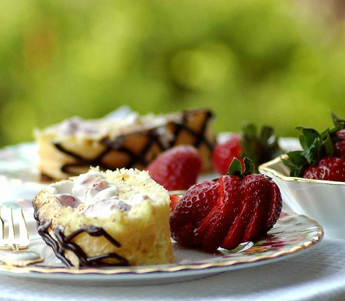Ricotta-White Chocolate- Strawberry Roulade (by Vita Arina)