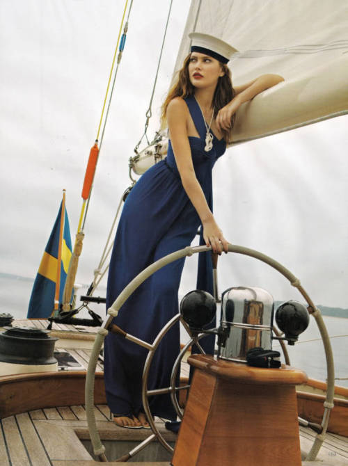 thegreatgracie:  A model on the high seas