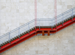 LACMA Stairs (by gmichaelreilly)