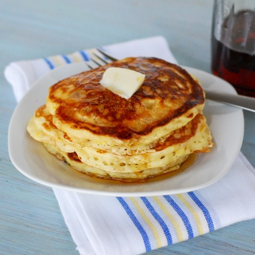 nomnomism:  Lemon Buttermilk Pancakes