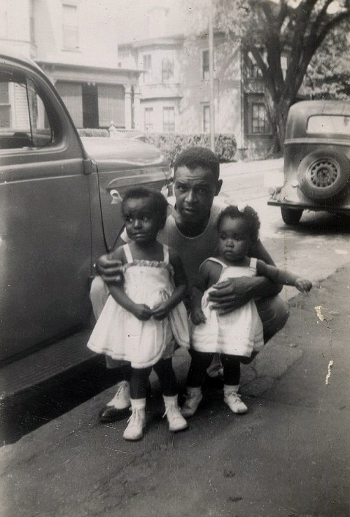 Daddy's Little Girls, 1949 [Rhode Island Beach House Album] [Black Father Series] ©WaheedPhotoArchive, 2011 FIND US ON TWITTER | FACEBOOK | TUMBLR | FLICKR | PINTEREST