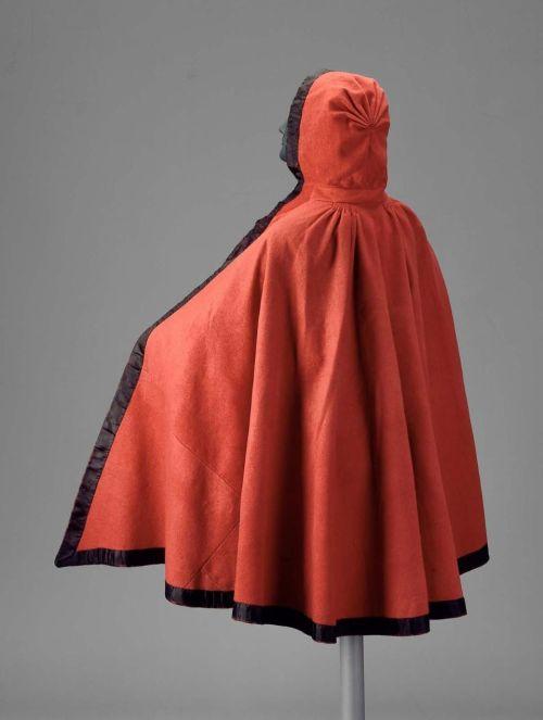 An irl red riding hood,