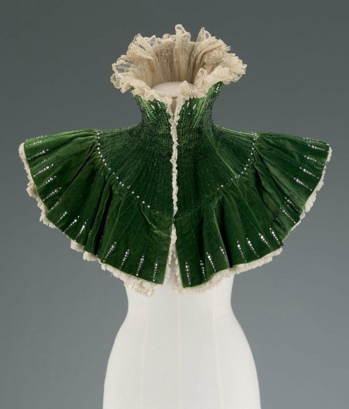 Evening mantle from Le Bon Marche department store, 1900 France, MFA Boston