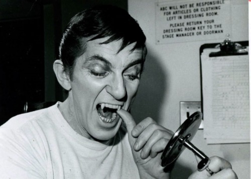 Jonathan Frid getting vamped for Dark Shadows