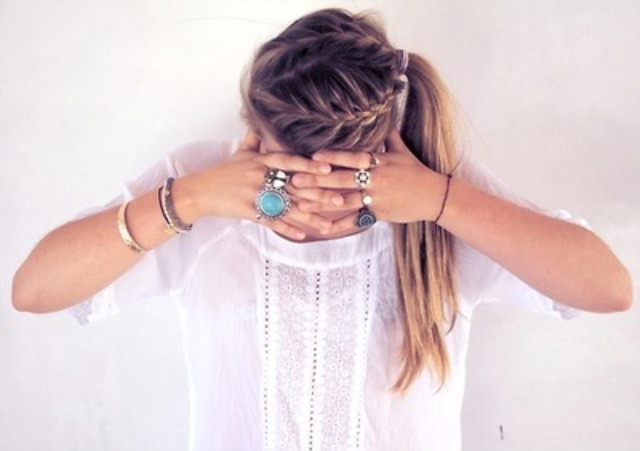 Loving this summer hairstyle