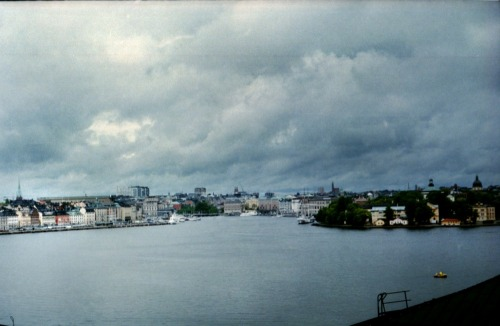 Stormy Stockholm #2 | Shot with a Fed 5 and Agfa Vista 100 (expired 2004) provided by Revolog