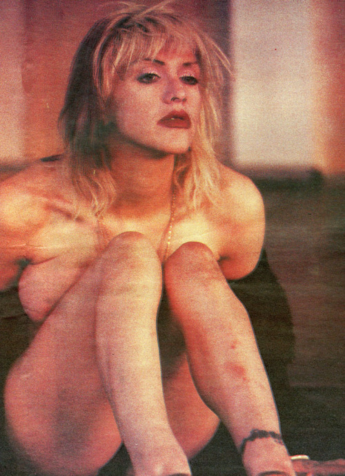 Courtney Love, NME, 1995.  Photo: Kevin Cummins