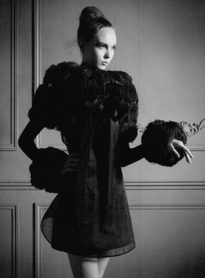itscouture:    Kristy Kaurova in Valentino Fall 2010 Couture Vogue Italia September 2010