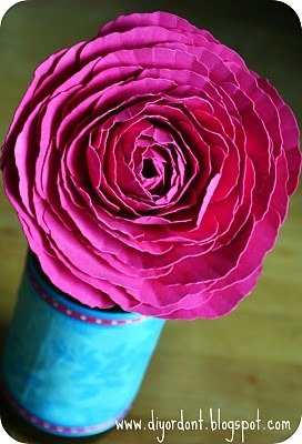 DIY Paper Ranunculus (via DIY or Don't!)