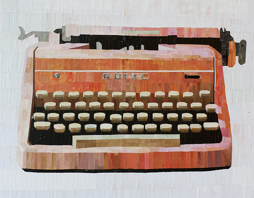 ventio:  Pink Typewriter (by LauraLKelly)