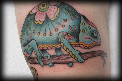 by Henry Rodriguez of Portland, OR's Scapegoat Tattoo (an all Vegan shop for those keeping track at home) I get a bit of a sugar skull vibe with this