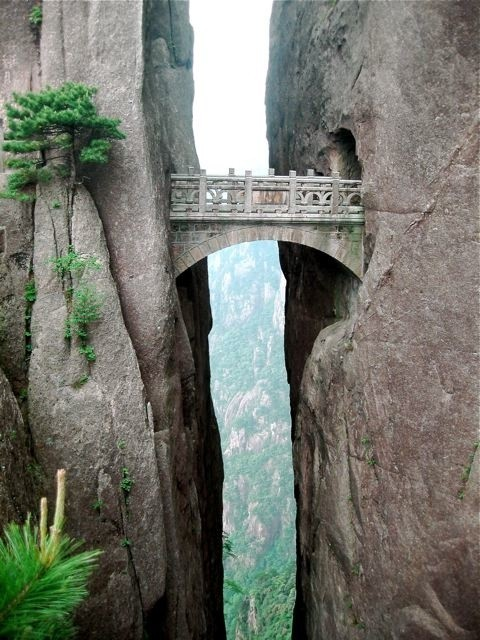 The Bridge of Immortals: Huanghsan, China (via Travel / huangshan.bridge.jpg (JPEG Image, 480x640 pixels))