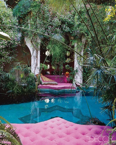 A gorgeous hidden pool and garden in Morocco (via Wanderlust / eclectic-interior-design-ed0211-12.jpg (JPEG Image, 400x500 pixels))