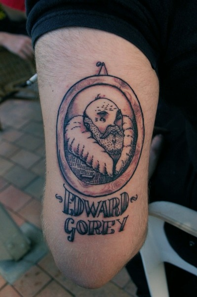halfwaytocomplete: an edward gorey tattoo on one of my favorite artists go here for original: http://boobookittyfuck.deviantart.com/gallery/?q=tattoo#/dumivi