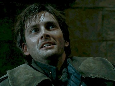 ispyafamousface:  David Tennant is best known as the Tenth Doctor on BBC's legendary sci-fi series Doctor Who, but how many of you recognized him as Barty Crouch Jr. in Harry Potter and the Goblet of Fire? Thanks for the submission, shitting-in-my-tin-can! [Bonus Photoshop Crackery]