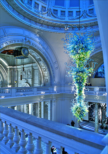 Glass Sculpture - Victoria & Albert Museum - London, England (by nick.garrod)
