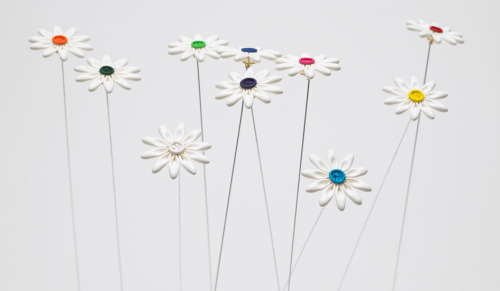 Balloon Flower Brooch by Daisy Balloon - HITSPARK  via Spoon & Tamago