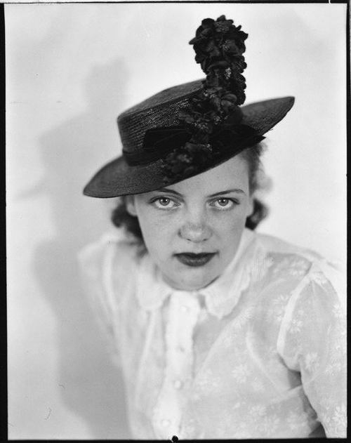 walker evans - anne harvey wearing hat, 1937