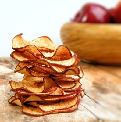 Homemade apple chips sprinkled with cinnamon sugar Recipe
