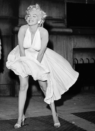 Marilyn Monroe's Iconic White Dress Sold for $5.6 Million at a Beverly Hills, California auction. Oh, am so wanting to have that. :)