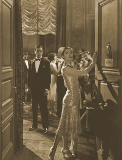 "maudelynn:  Conway Tearle and Dorothy Mackaill in "" DANCER OF PARIS "" (1926)"