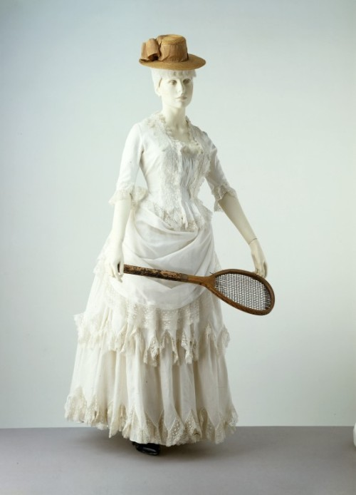 yeoldefashion:  An 1885 cotton summer ensemble. Cotton is easily washable and was therefore considered suitable for Victorian approved outdoor activities such as tennis and croquet.
