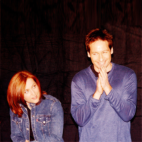 somuchmorethanthis:  The X Files 200th episode party - May 5th, 2002.  And in this one, David appears to be the one up to something eeeeeeevil.