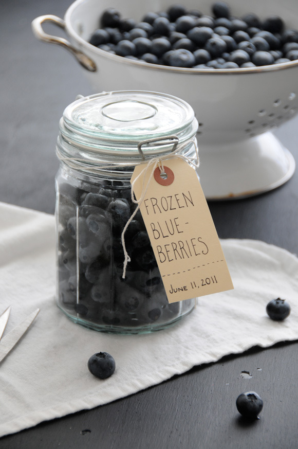 Free Printable: Summer Fruits Labels | Creature Comforts So my foray into canning/make jam came to an abrupt halt when I realised how expensive it is! I love this labels though and will probably use them to add to other items I've made. And if you are into canning, they're great for that too!