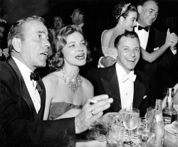 pollyalice:  Bogie and Bacall…with Sinatra