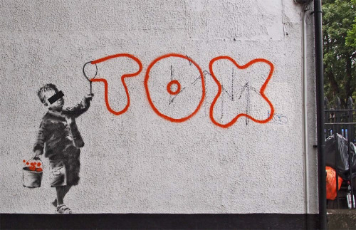 Banksy: Tox, London, 2011.