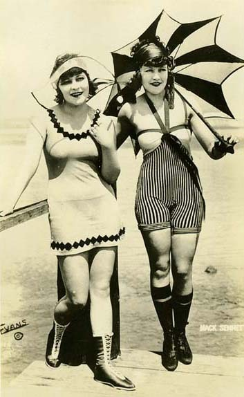 acidskully:  Mack Sennet bathing beauties c. 1910's  What actual women should look like.