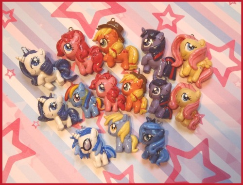 Ponies to sell at Anthrocon tomorrow!Now with mini-ponies and ~special editions~