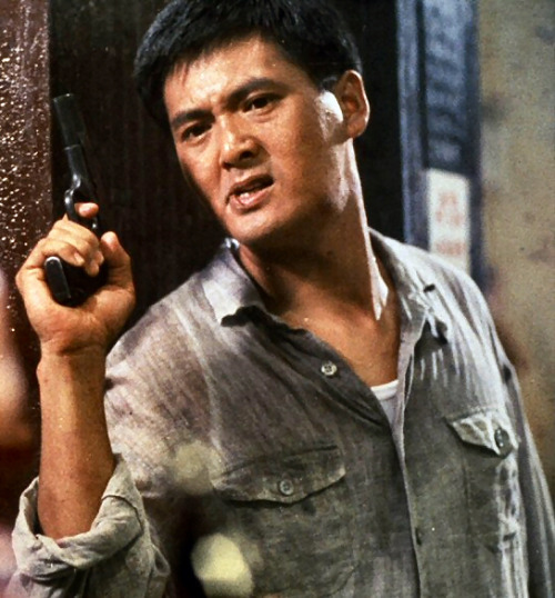 Chow yun fat es motivo suficiente para ver lo-que-sea. Como Bruce Campbell. babeco:  Chow I wanna be like you