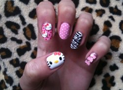 My Hello Kitty nails this weekend!