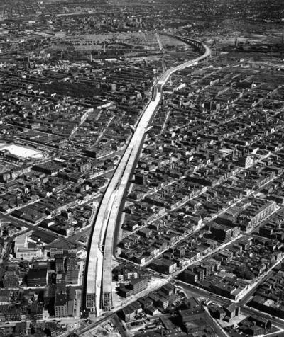 Looking north at the yet unfinished BQE in 1950. The highway stops at Metropolitan Av and Union Av is the first intersection to the right of the highway. Found in this feature from The Architects Newspaper, though I've also seen the image in a few books.